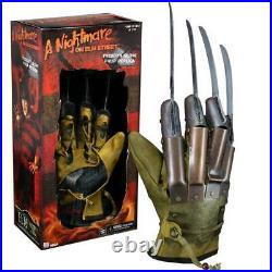 Glove Freddy Kreuger Nightmare On Elm Street Prop Replica Glove 11 By NECA