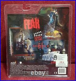 Mezco CINEMA OF FEAR A Nightmare On Elm Street Part 1 SCREEN GRABS Nancy NUOVO